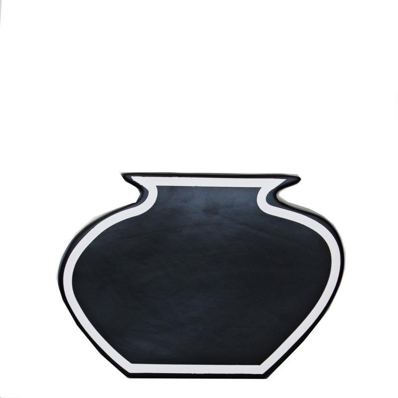 Schwarze Vase mit weißem Rand, Jug, M